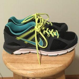 Nike Women's Anodyne DS Shoe, Size 7.5